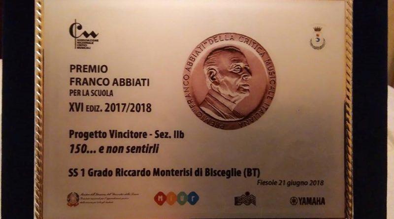 Il premio 'ABBIATI per la scuola'- assegnato ad una scuola media musicale pugliese.